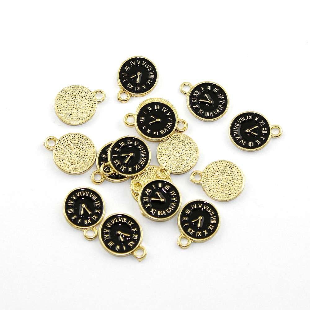 Kovový přívěsek - zlatý - černý ciferník - 17 x 13 x 1,5 mm - 1 ks