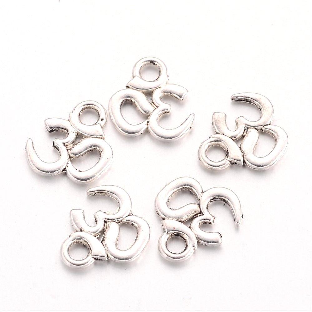 Přívěsek ze zinkové slitiny - starostříbrný - Óm - 10 x 10 x 1 mm - 1 ks