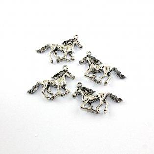 Kůň - stříbrný - 25 x 44 x 6 mm - 1 ks