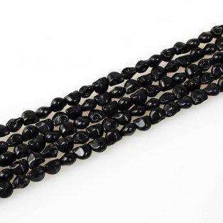 Lebka ze syntetického tyrkysu - černá - 8 x 6 mm - 1 ks
