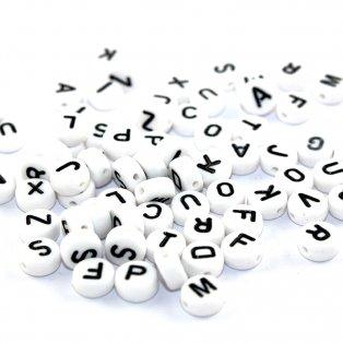 Akrylové korálky s písmenky - bílé lentilky - A – Z - 10 ks