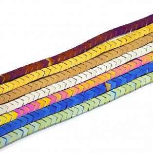 Hematitové šipky (pokovené) - 6 x 7 x 3 mm - různá provedení - 1 ks
