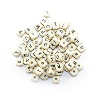 Dřevěné korálky s písmenky - kostičky - 8 x 8 x 7,5 mm - 50 g