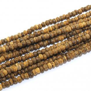 Heishi korálky z kokosového dřeva - hnědé - 4~8 x 4~8 x 2~6 mm - 10 ks