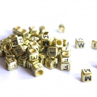 Korálky s písmenky - zlaté kostičky - 50 g