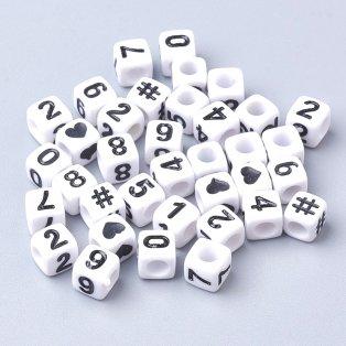 Akrylové korálky s čísly - bílé kostičky - 6 x 6 x 6 mm - 50 g