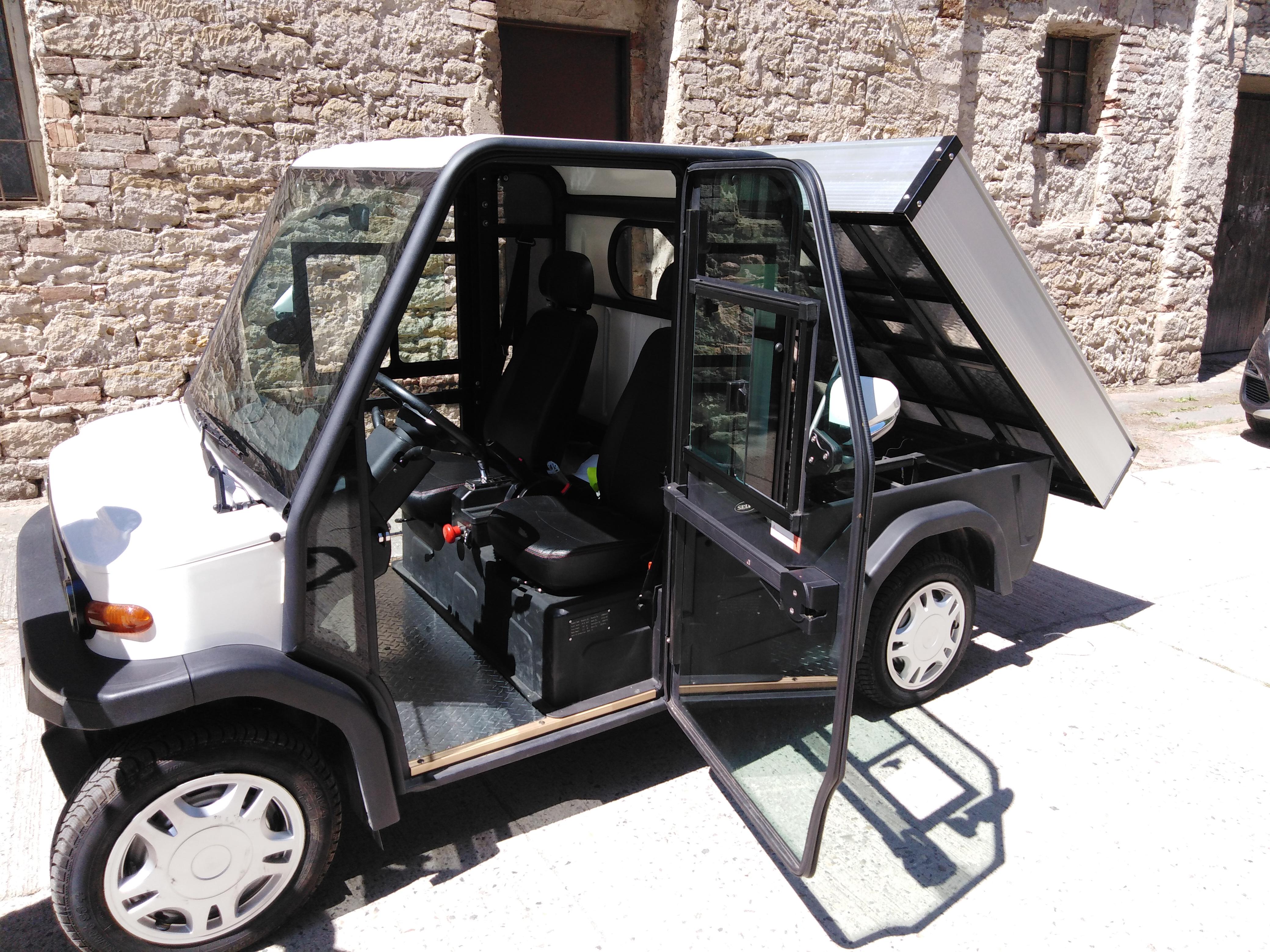 Předváděcí akce elektromobilu SELVO
