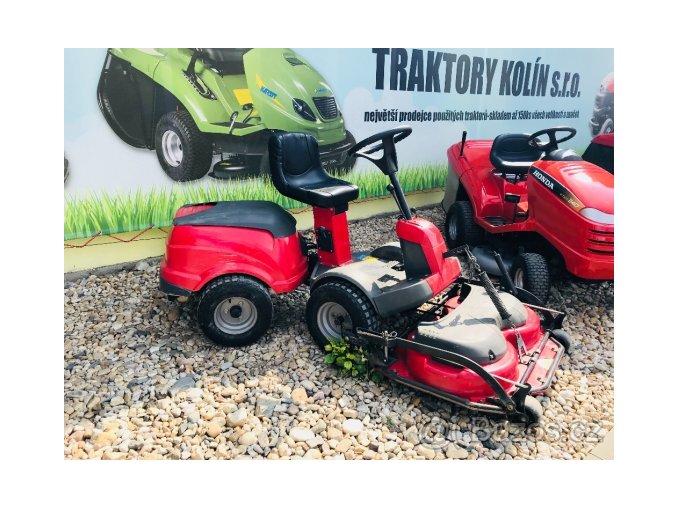 zahradní traktor rider castel garden červené barvy s předním sečením