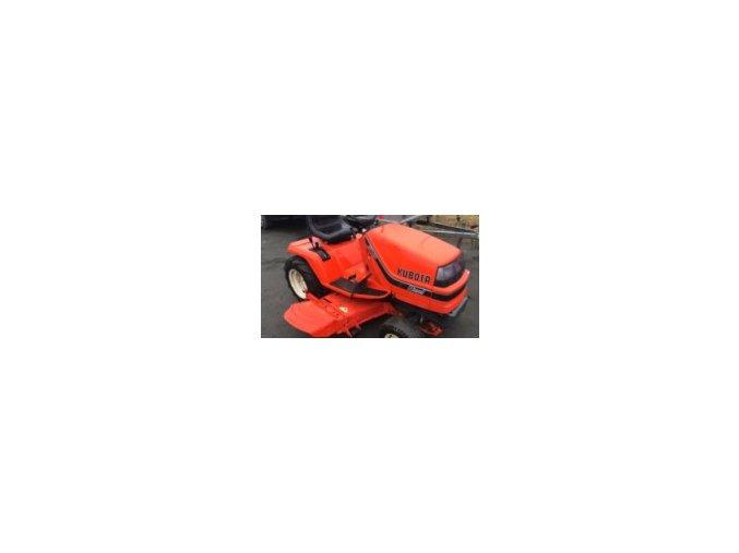 profi zahradní traktor kubota 1700 3v oranžové barvy s bočním výhozem