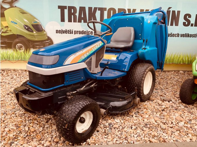 profi zahradní traktor iseki sgr 22 modré barvy u plachty traktory kolín