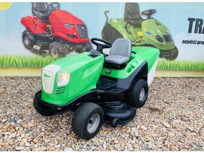 zahradní traktory viking zelené barvy u plachty traktory kolín