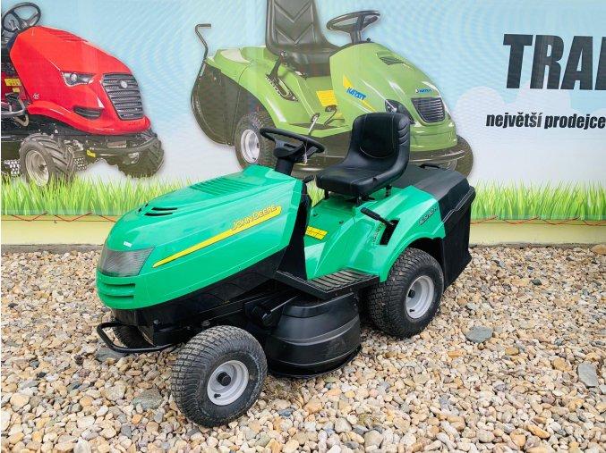 zahradní traktor john deere 16,5 hp před plachtou traktory kolín