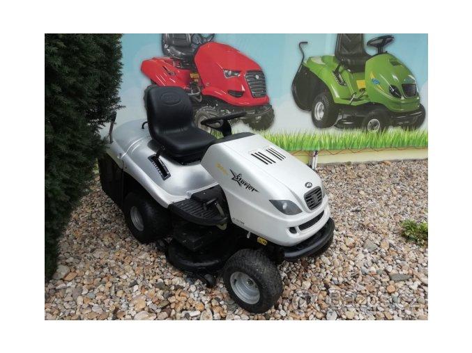 zahradní traktor starjet stříbrné barvy s uzávěrou diferenciálu u plachty traktory kolín