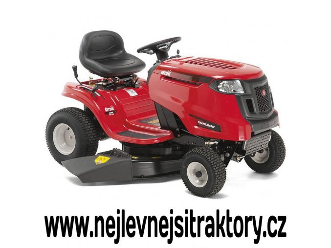 zahradní traktor mtd smart rf 125 červené barvy s velkými koly a bočním výhozem