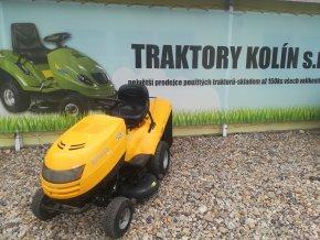 zahradní traktor stiga estate 16/102 žluté barvy u plachty traktory kolín