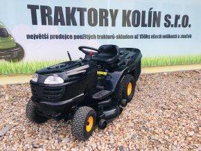 zahradní traktor husqvarna partner 19 HP černé barvy u plachty traktory kolín