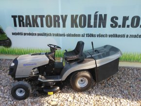 zahradní traktor husqvarna 16 hp šedé barvy u plachty traktory kolín