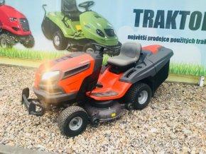 zahradní traktor husqvarna cth 224 t oranžové barvy u plachty traktory kolín