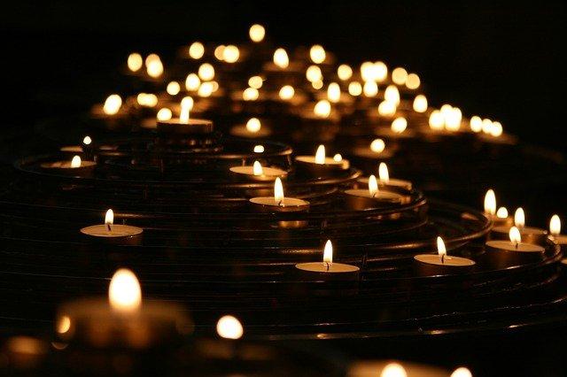 Parafínové, nebo sojové svíčky?