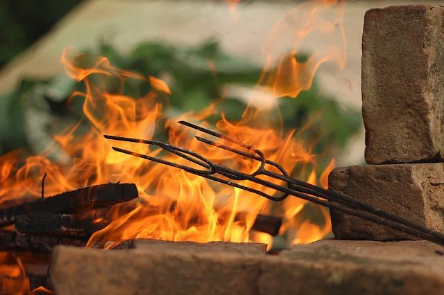 Kam začlenit v zahradě ohniště?
