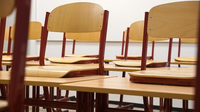 classroom-824120_640