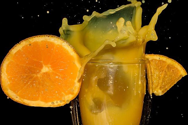 orange-juice-2117019_640