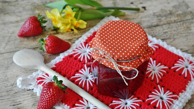 strawberry-jam-1329431_640