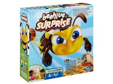 Společenská hra Hasbro Beehive Surprise hra se včelou žihadlo