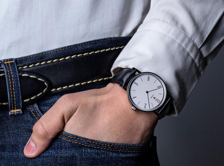 Už žádné zádrhely! O těchto hodinkách pod sakem nebudete ani vědět