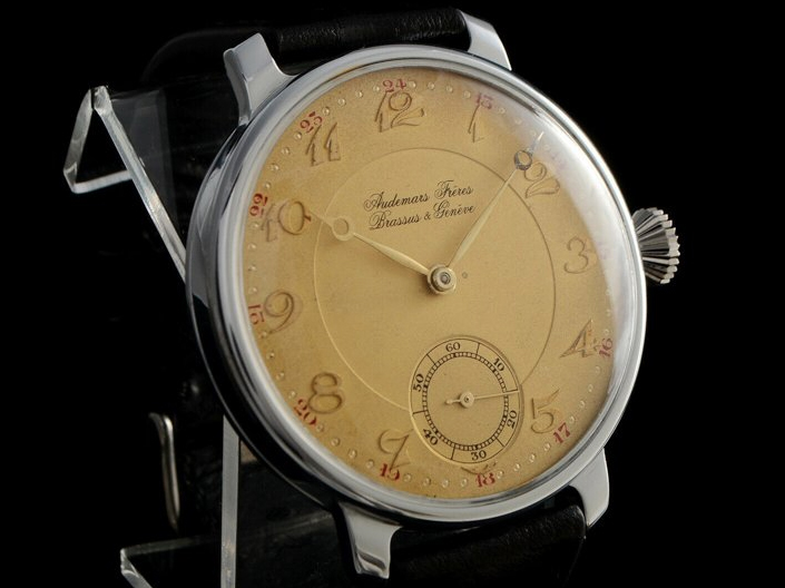 Speciální projekty – Repasované starožitné hodinky