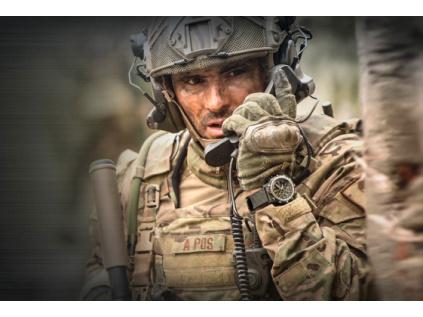 Ultra lehké hodinky Luminox 8841.KM Navy SEALs Land