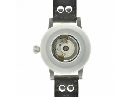 Pilotní hodinky ve stylu Luftwaffe Fliegruhr ETA 2824-2