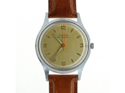 Starožitné hodinky DOXA z roku 1960