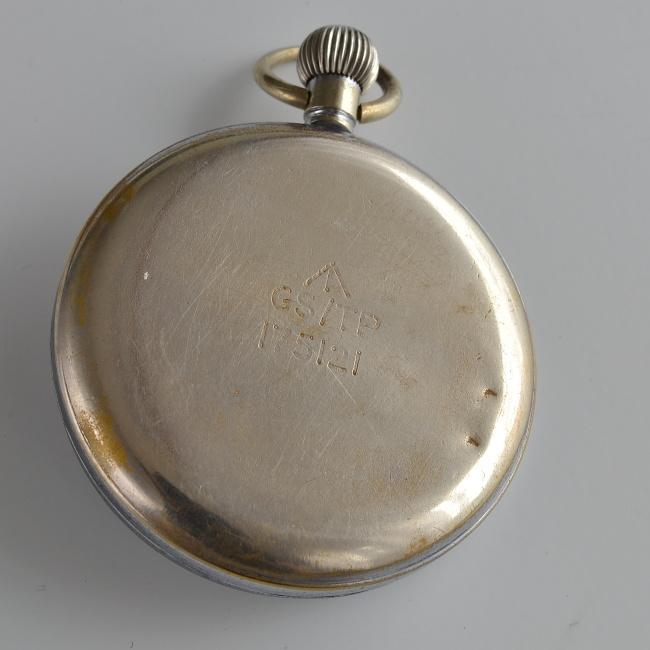 Helvetia 1939-1945 vojenské hodinky + + 1 měsíc na vrácení ... 86e05165b50