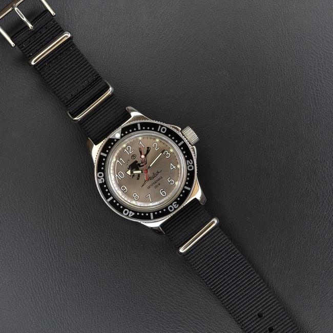 Amfibia Vostok Potápěč 4   ocelová luneta + + 1 měsíc na vrácení ... 7570bbf899