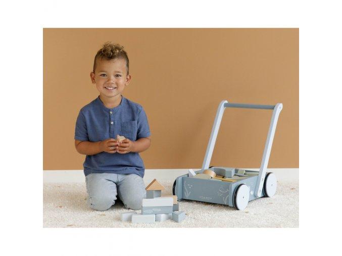 vozíček s kostkami blue