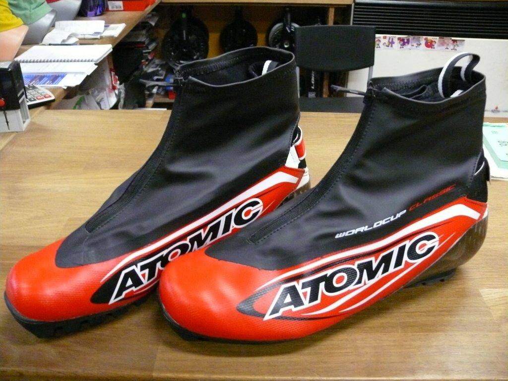 Boty Atomic sns pilot 46