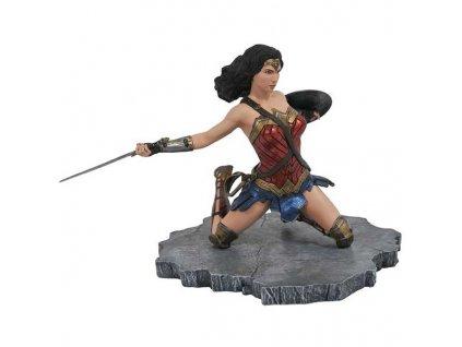 DC Gallery: Justice League Movie - Wonder Woman PVC Statue 18 cm