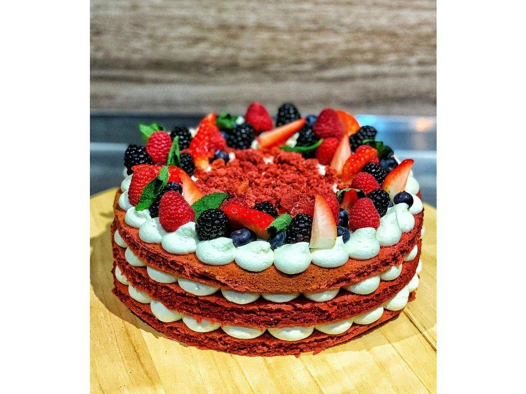 Red Velvet s lesním ovocem - dort