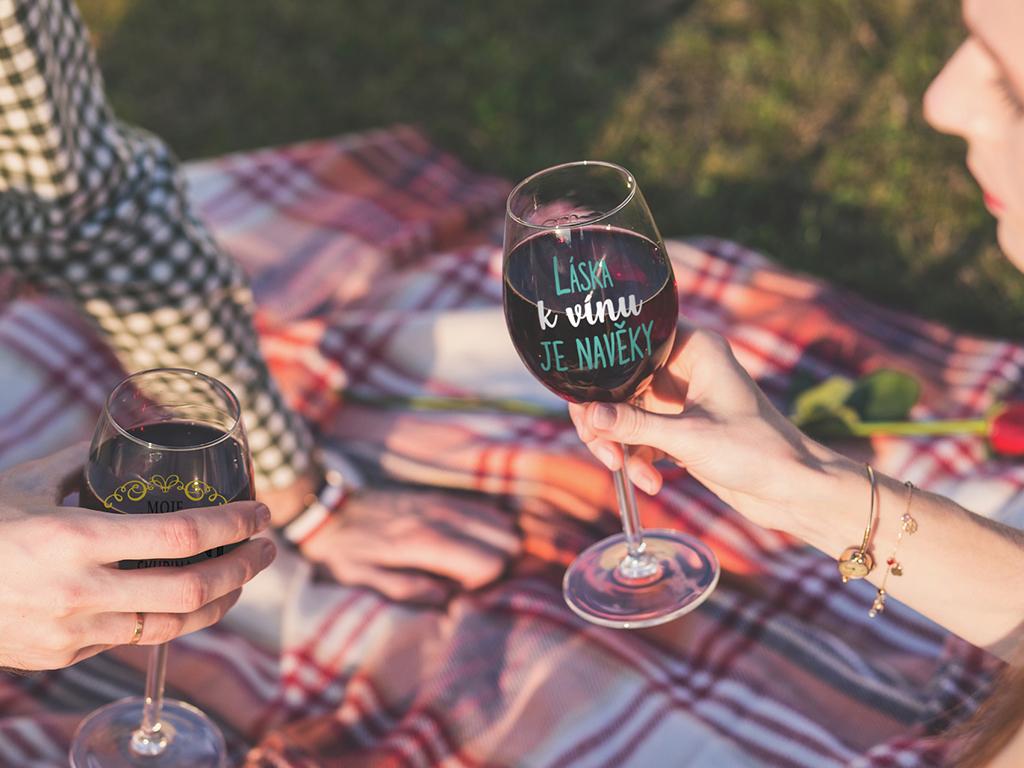 Sklenice na víno - Na zdraví