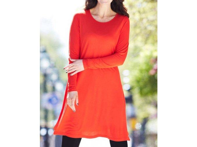 červené šaty prodloužené triko tunika