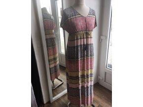 Dlouhé růžové letní maxi boho šaty