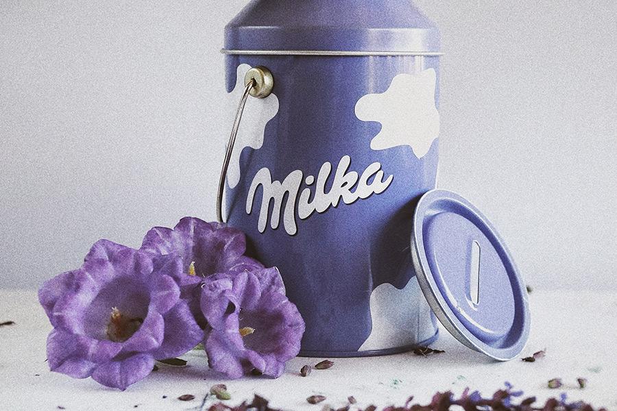 Odhalte tajemství fialové krávy! Víte, jak vznikla Milka?
