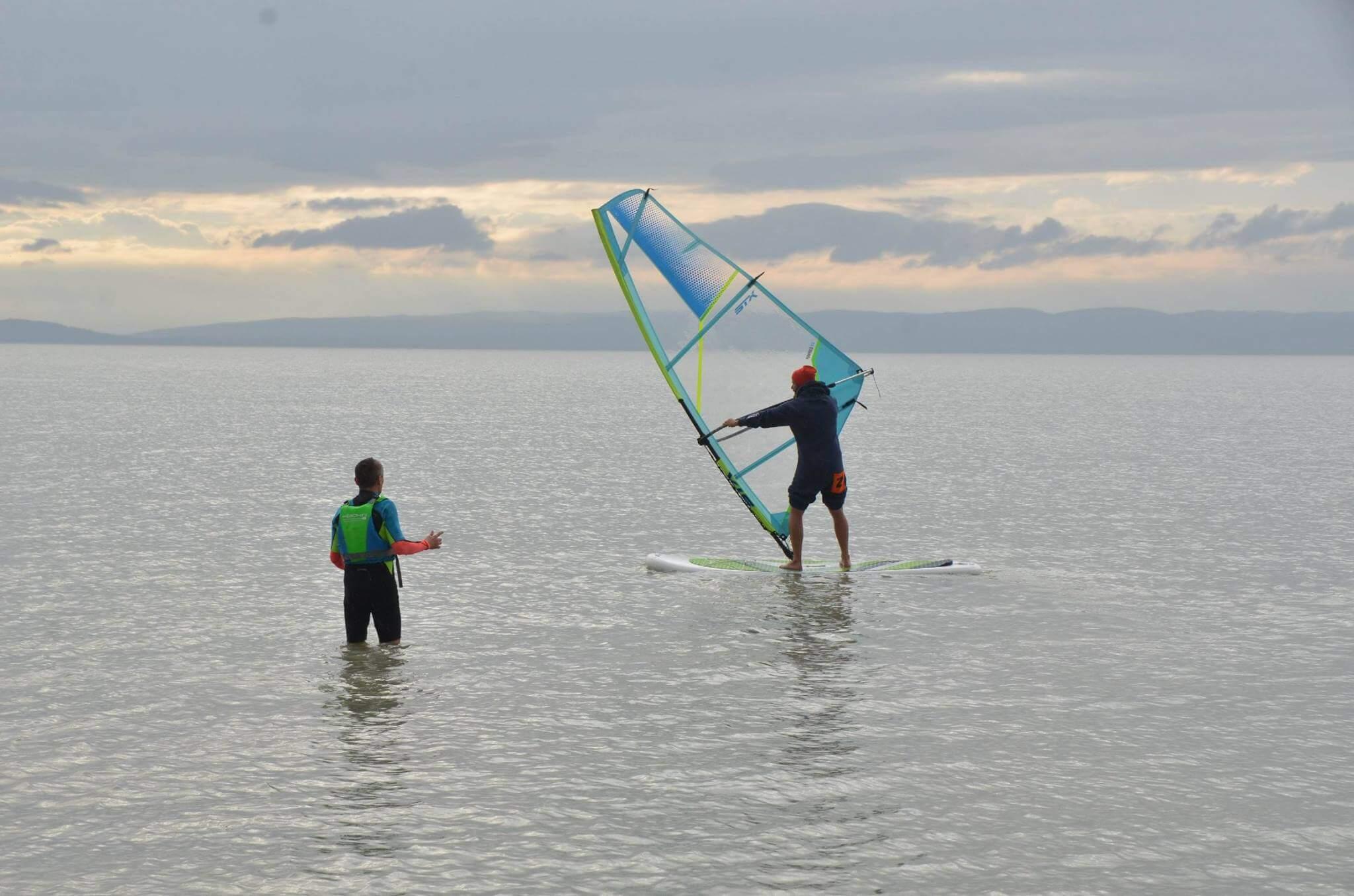 nafukovaci-windsurf-kurz-neonmars