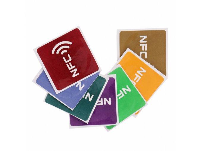 Samolepící barevný NFC tag