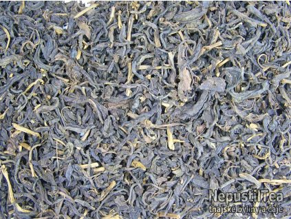 P1010004 thai black tea vetsi list 900x657 01 nt