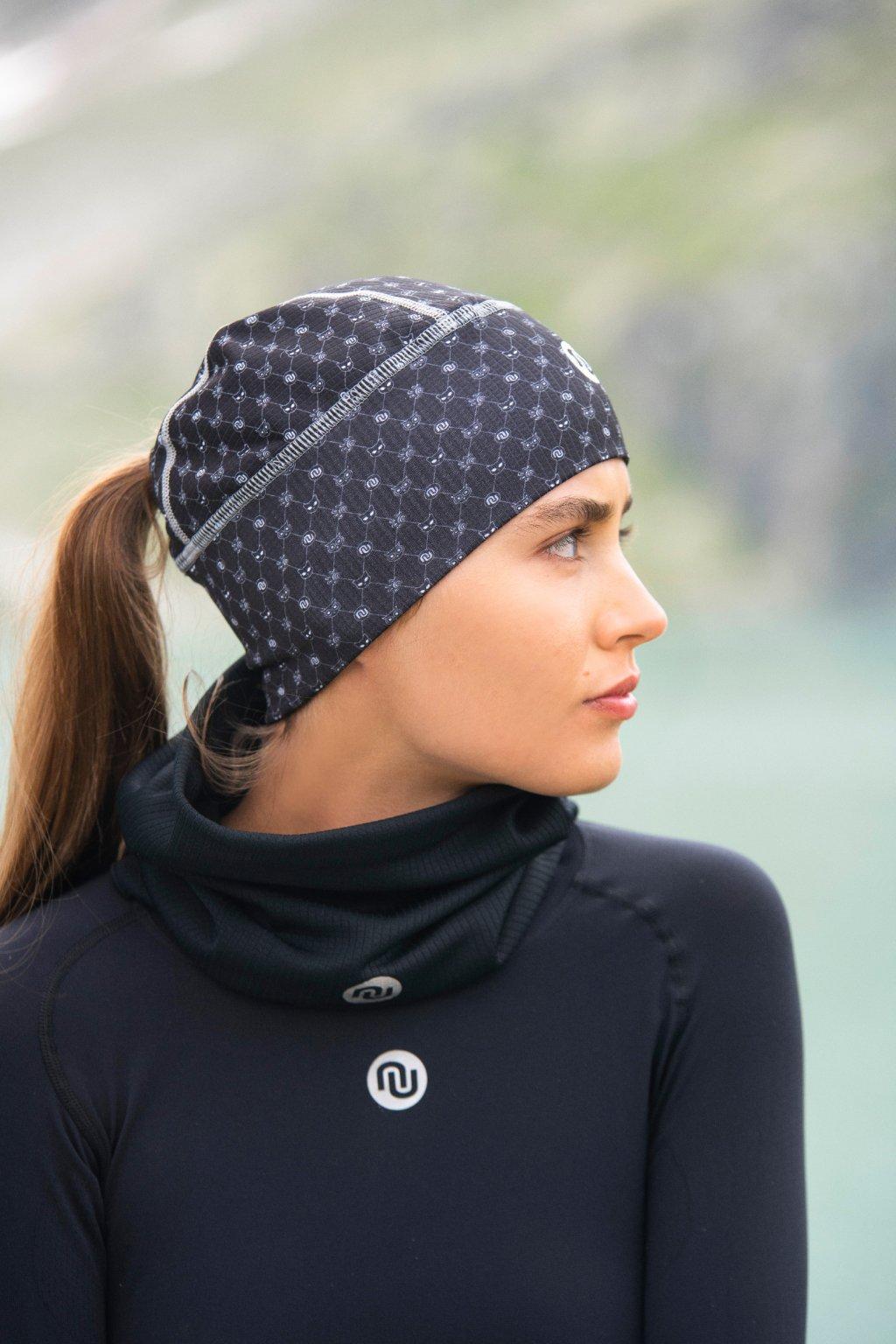 Zateplená sportovní čepice s otvorem ACO-9G90 - Galaxy Black