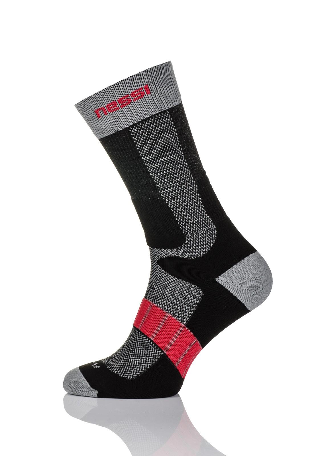 Nessi Termoaktivní ponožky s ionty stříbra T2 - Černo-Šedá-Červená Barva: černá+šedá, Velikost: 37-40