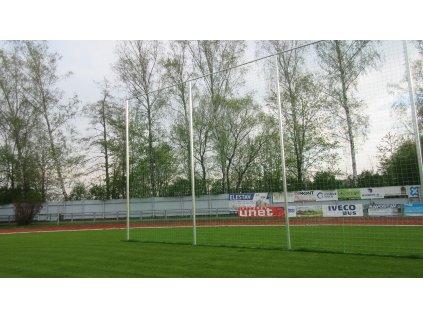 Sloupy pro ochranné sítě, výška 3 m, profil 105x100 mm