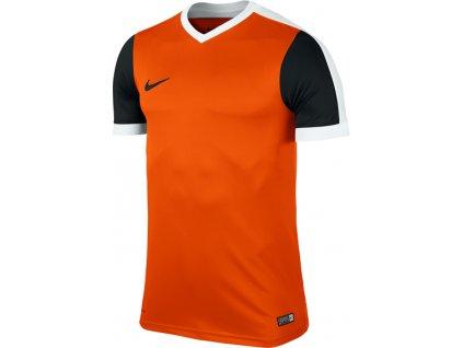 Dres Nike Striker IV